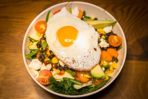 hrana-brez-ogljikovih-hidratov-solata