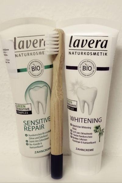 Zobne ščetke za otroke in zobne paste