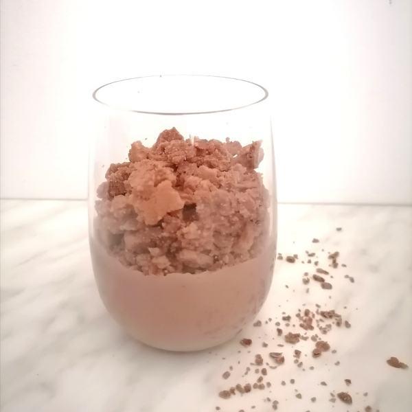 Enostavna sladica v kozarcu